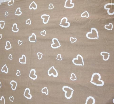 Поплин. Белые сердечки на кофейном фоне