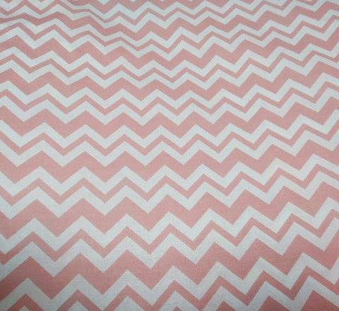 Бязь Ranforce пыльно-розовый зигзаг на белом фоне двойной