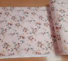 Сатин. Цветы на светло-розовом фоне