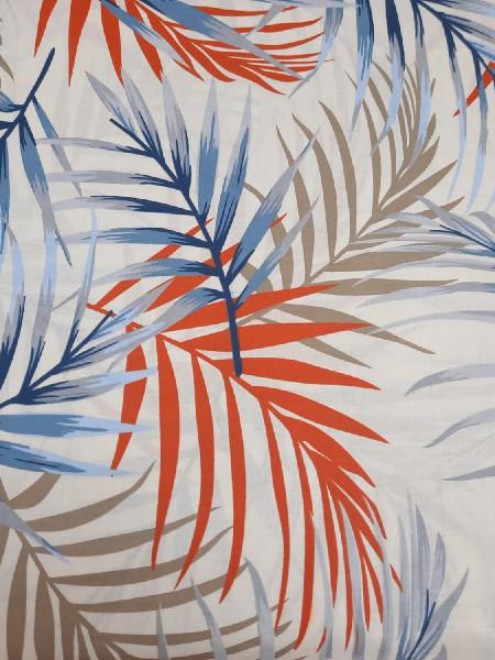 Бязь Ranforce  Тропики синие, красные и коричневые листья на молочном фоне