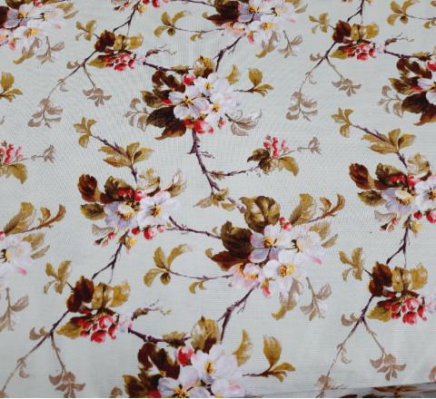 Рогожка. Яблоневые цветы