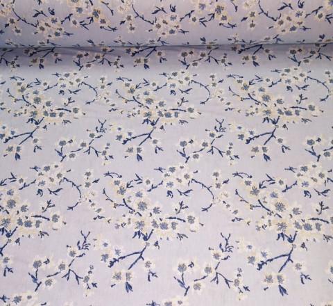 Бязь Ranforce цветочки на веточках на голубом фоне
