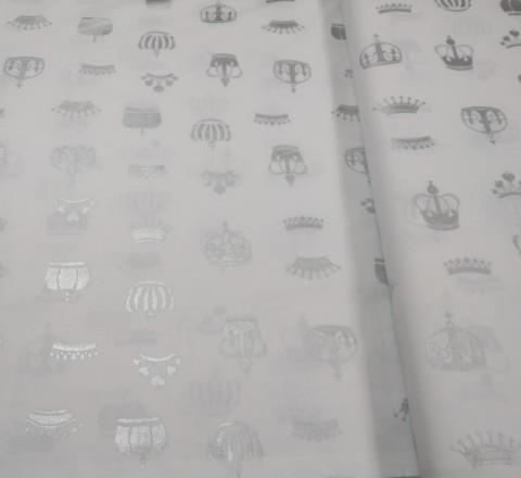 Бязь Ranforce короны из серебряного глиттера на белом фоне