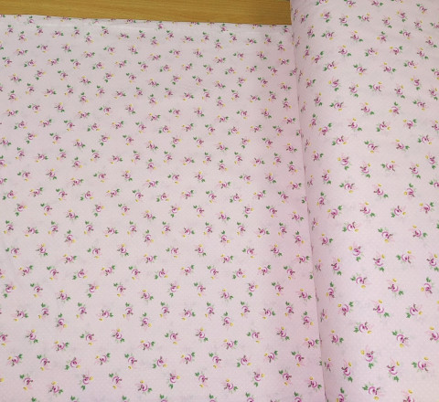 Бязь Ranforce мелкие розочки на розовом фоне